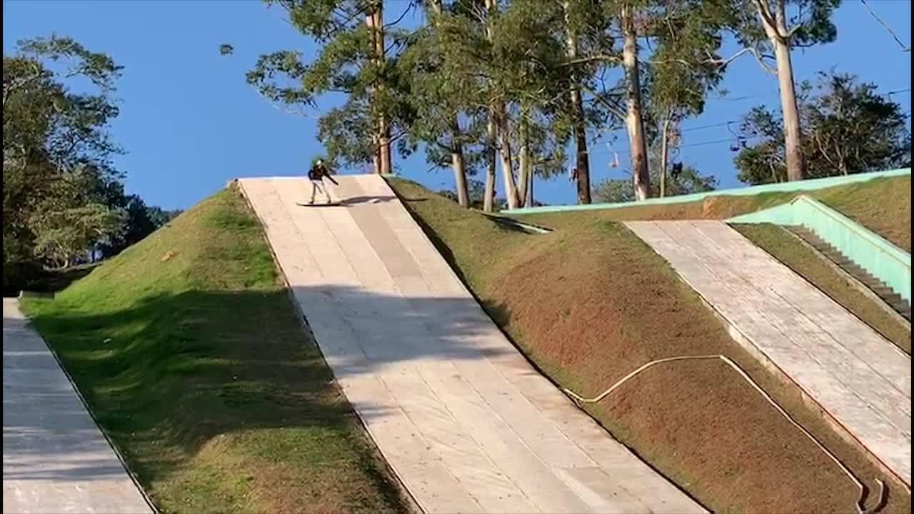 Nova geração do snowboard brasileiro treina em São Roque