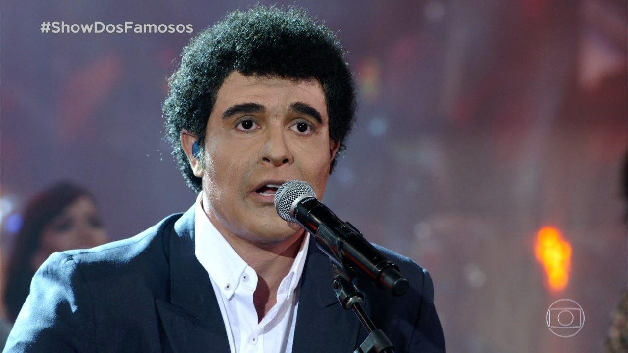Diogo Nogueira homenageia o pai, João Nogueira no 'Show dos Famosos'