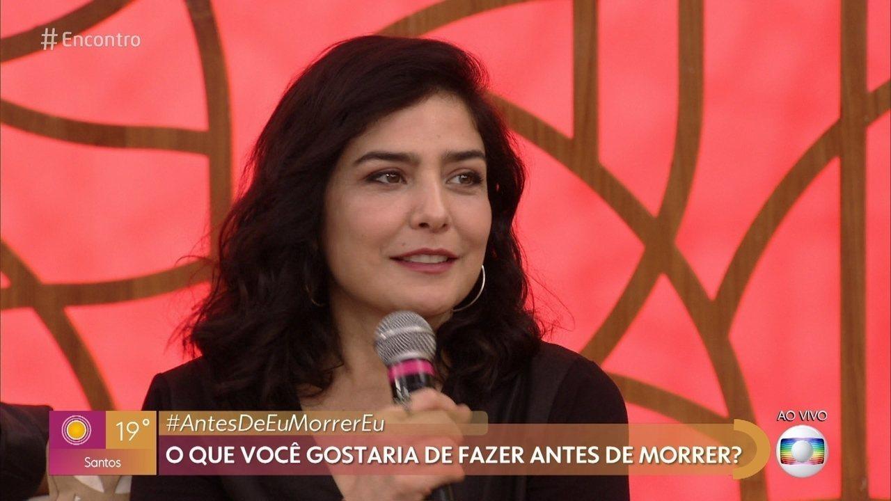 Letícia Sabatela diz que desenvolveu hipotiroidismo por guardar a vontade de cantar