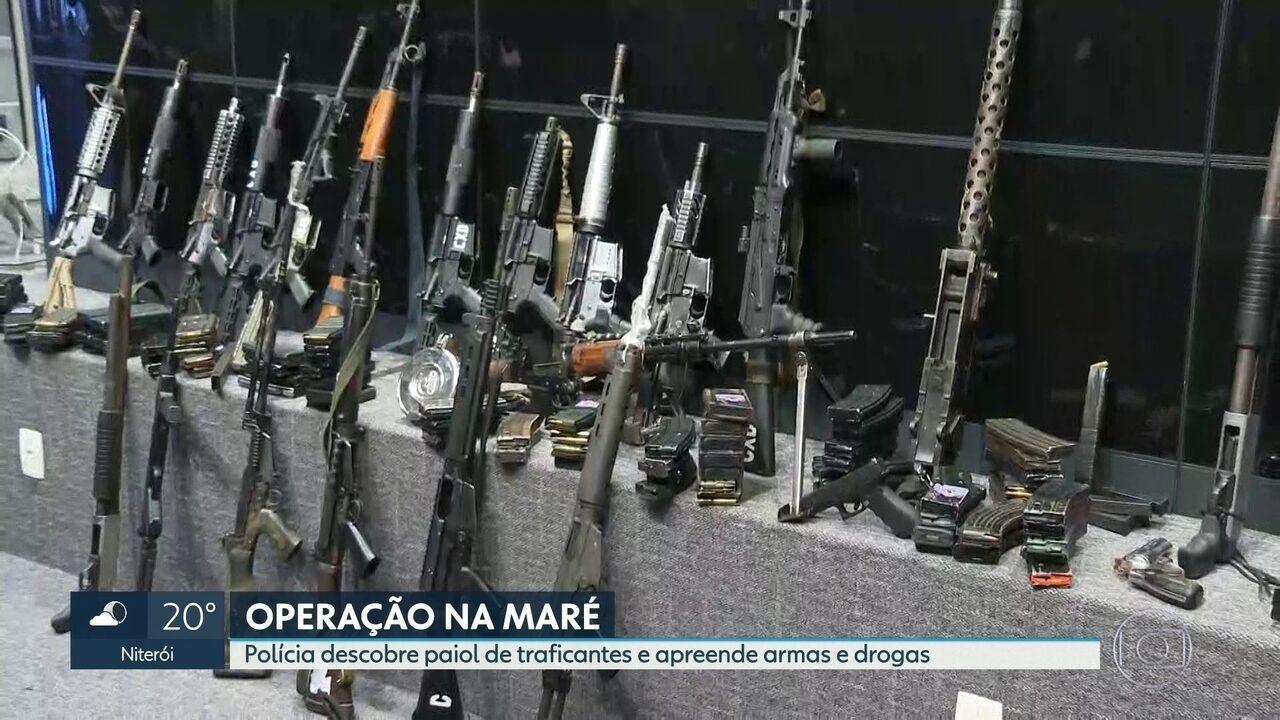 Polícia descobre paiol de traficantes e apreende armas e drogas na Maré