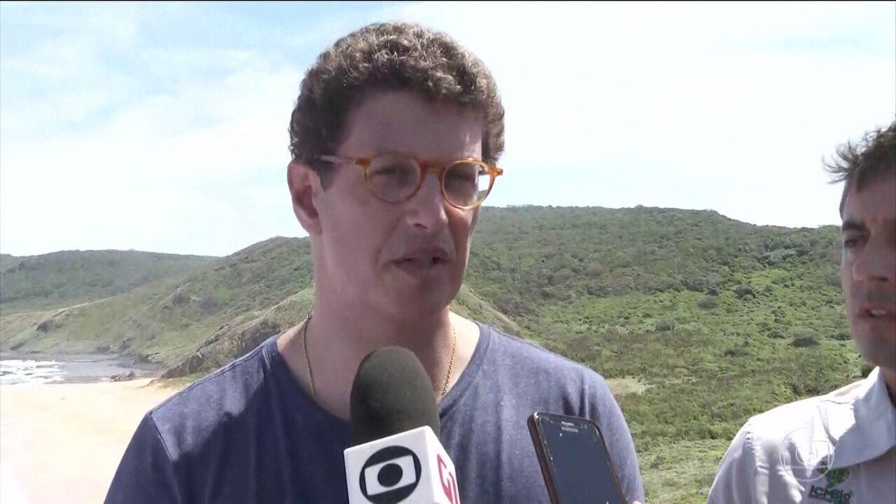 Ministro do Meio Ambiente afirma que estuda liberar a pesca da sardinha em Noronha