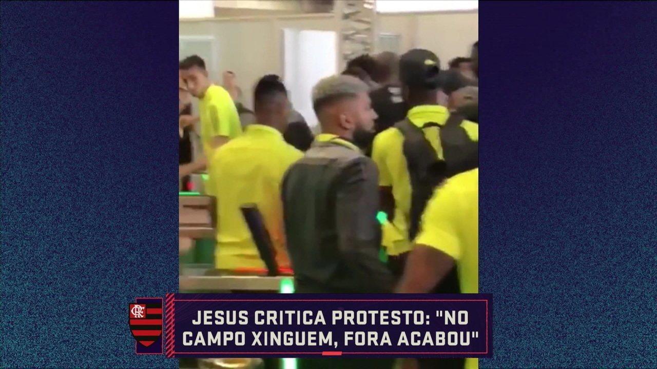 Comentaristas analisam protestos da torcida do Flamengo após a eliminação na Copa do Brasil