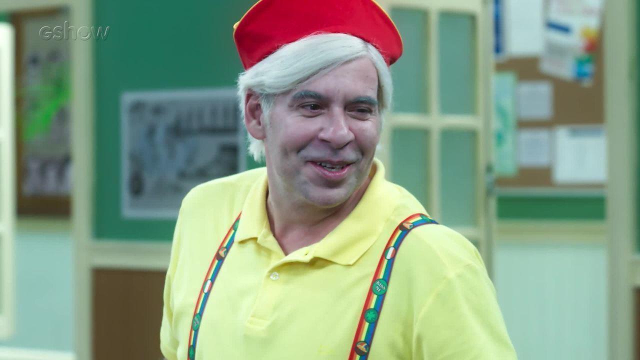'Escolinha do Professor Raimundo': Mazarito tem branco e todos caem na gargalhada