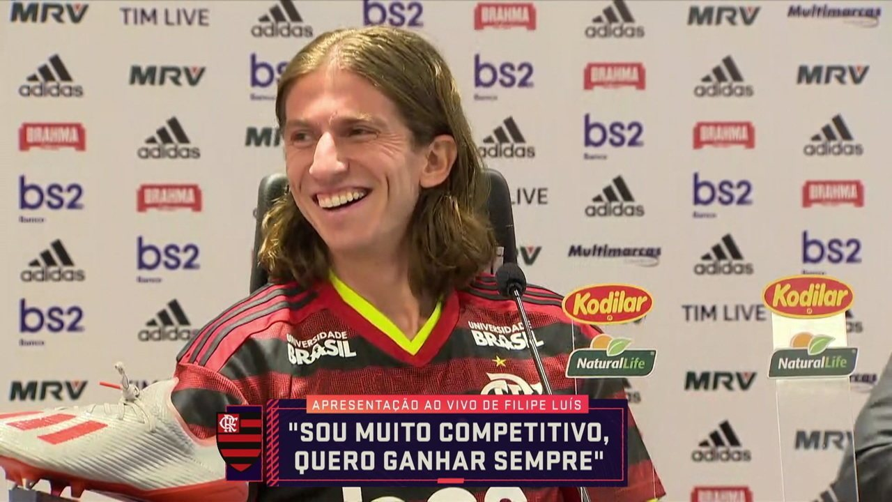 """""""Gemidão do WhatsApp"""" interrompe coletiva de apresentação de Filipe Luís no Flamengo"""