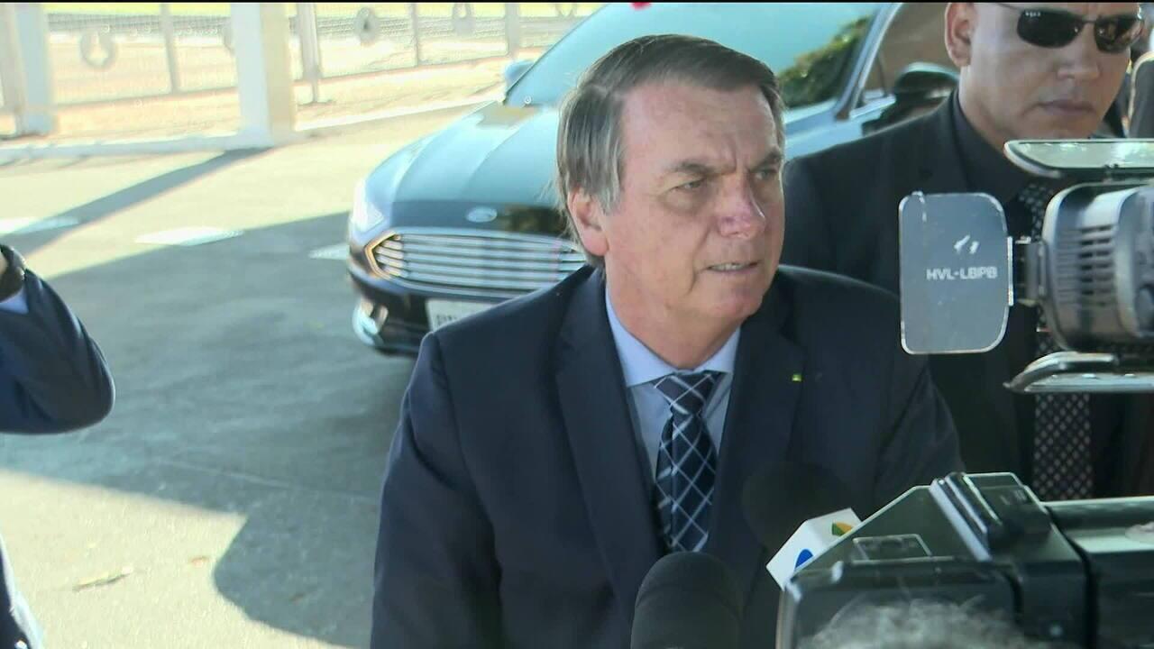 Bolsonaro defende alinhamento ideológico de embaixador