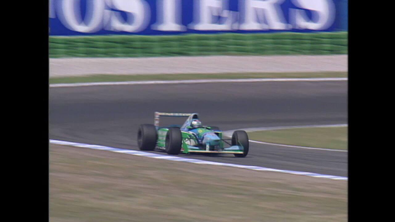 Em 1994, pit stop de Jos Verstappen terminou em incêndio