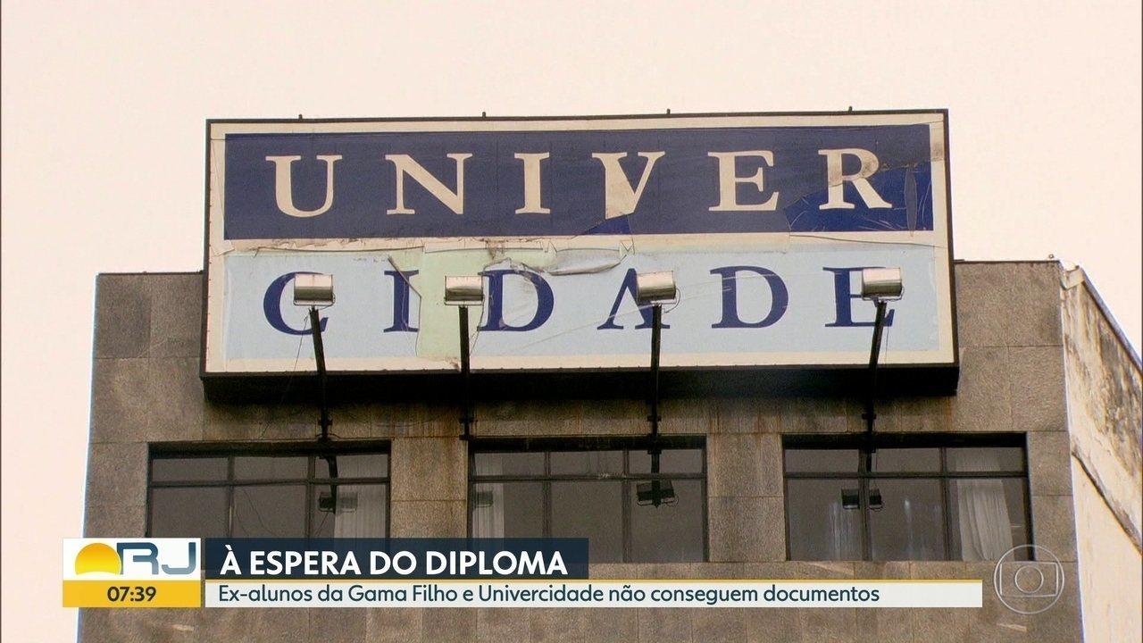 Ex-alunos da Gama Filho e Univercidade ainda esperam por diplomas