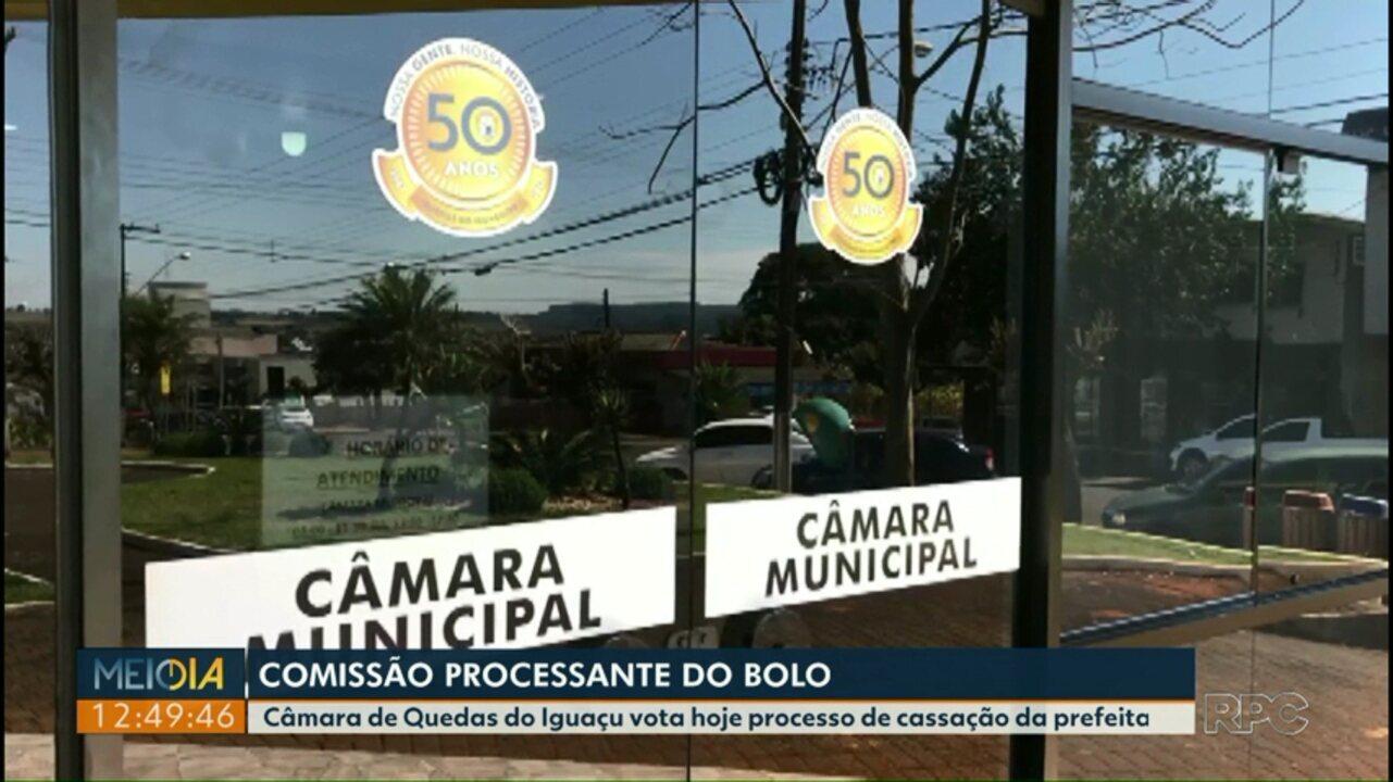 Câmara de Quedas do Iguaçu vota hoje processo de cassação da prefeita