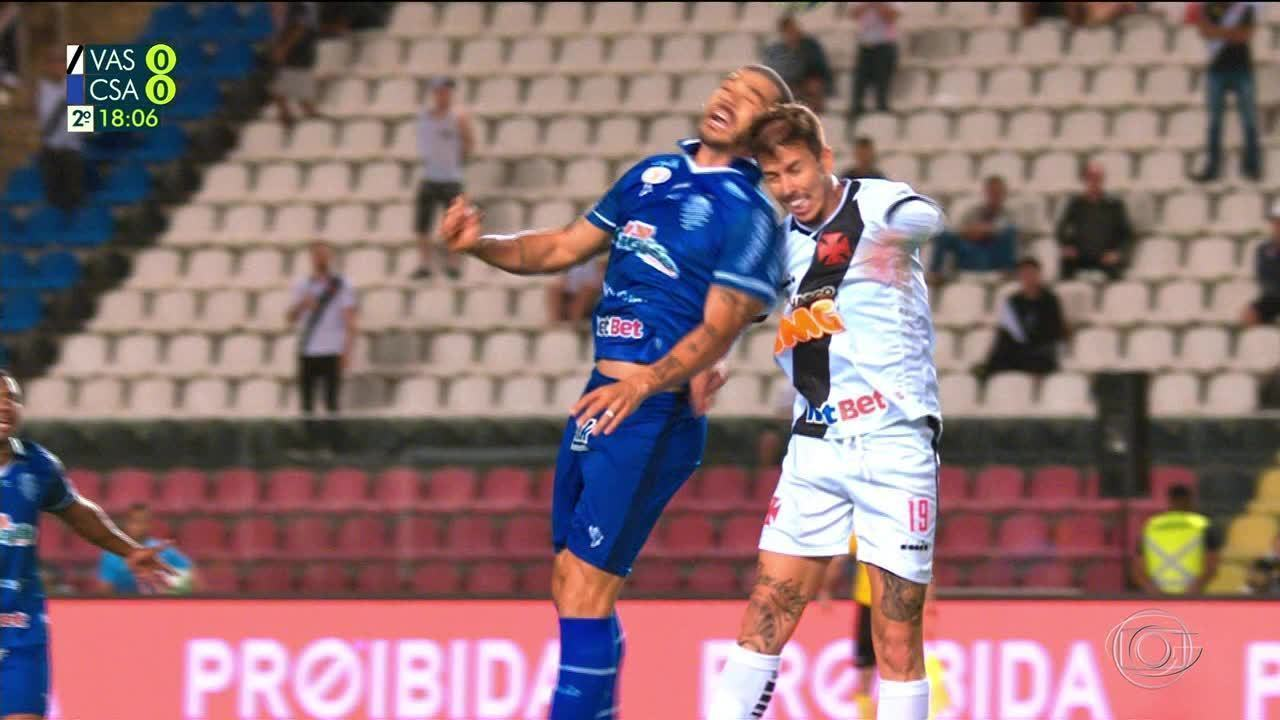 Volante Nilton, do CSA, sofre lesão na face na partida contra o Vasco