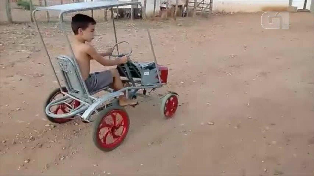 Pai constrói carrinho para o filho utilizando material reciclado em Pio IX - Piauí