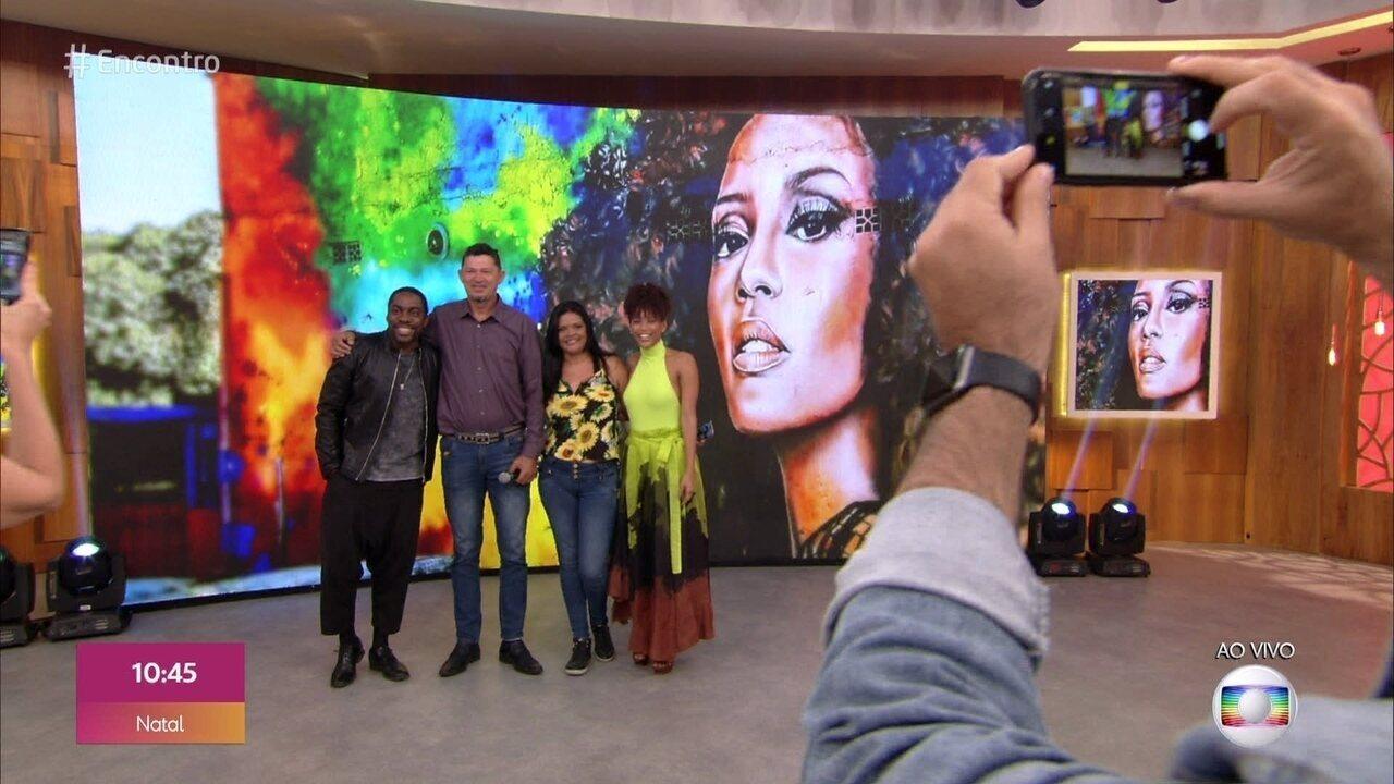 Leila e Wilis fizeram grafite de Taís Araújo e se emocionam em encontro com a atriz