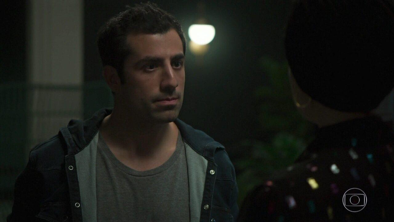 Fauze confronta Dalila sobre a prisão de Almeidinha