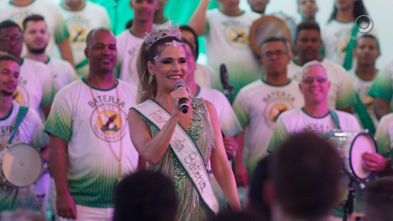 Teaser 'Bom Sucesso' 16/8: Silvana Nolasco anuncia noivado com Marcos