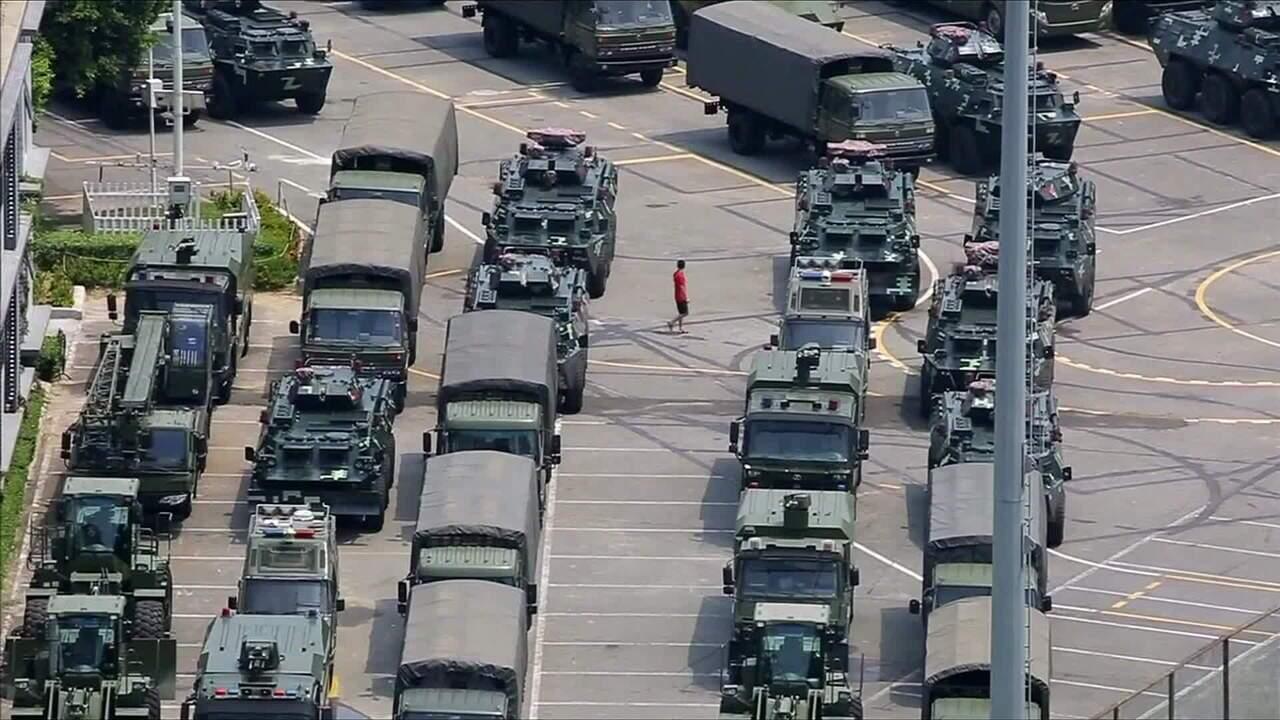 Satélite mostra exército chinês perto da fronteira com Hong Kong