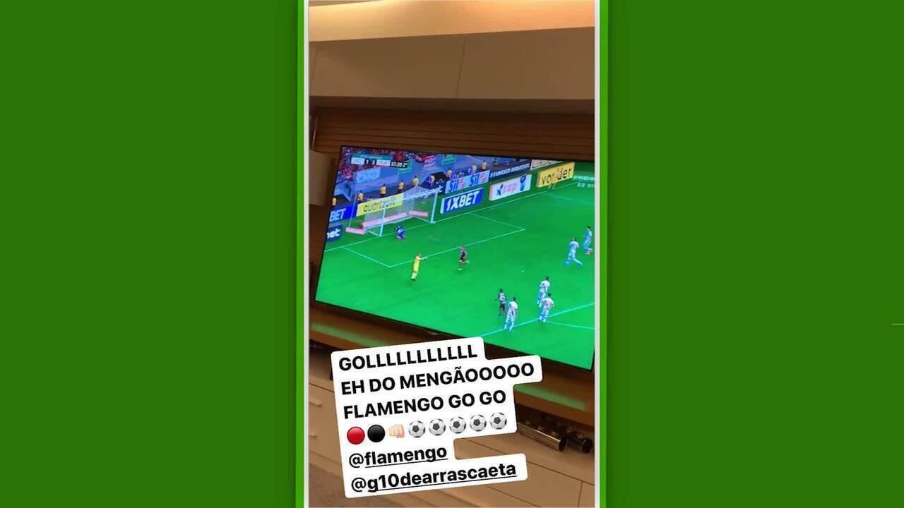 Em rede social, Rafinha comemora gol de Arrascaeta pelo Flamengo