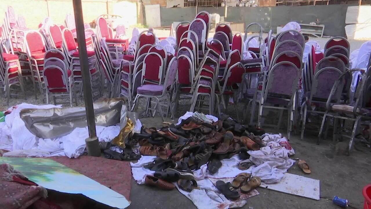 Ataque a bomba deixa 63 mortos e 180 feridos em casamento em Cabul, no Afeganistão