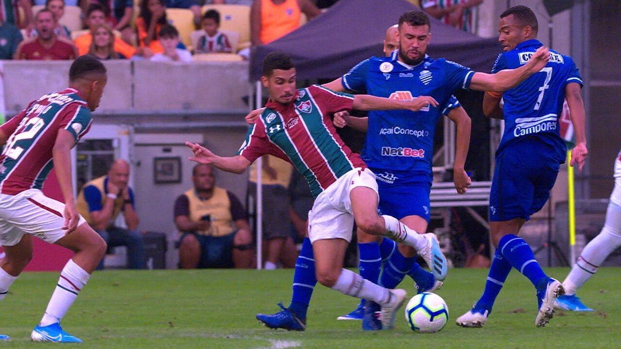 Central do Apito: Sandro Meira Ricci fala que houve pênalti em favor do Fluminense