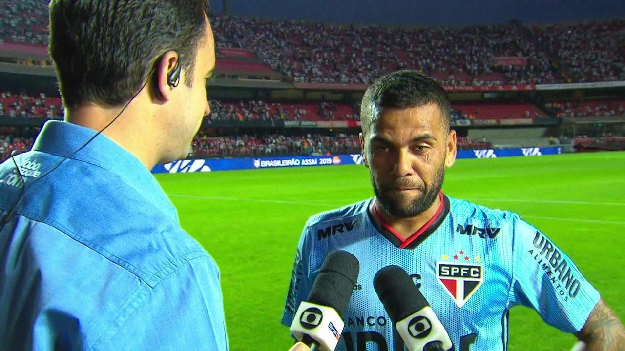 Craque do jogo já na estreia, Daniel Alves enaltece objetivos maiores do São Paulo