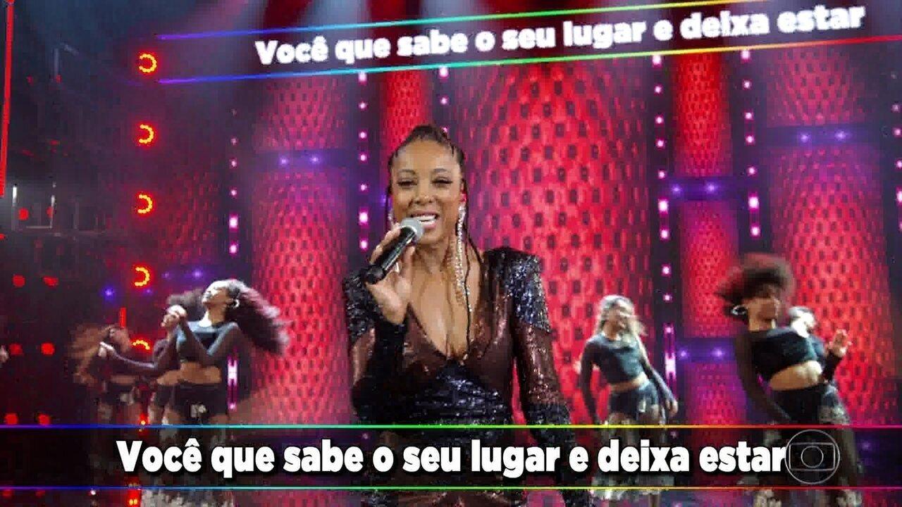 Negra Li canta 'Mina'