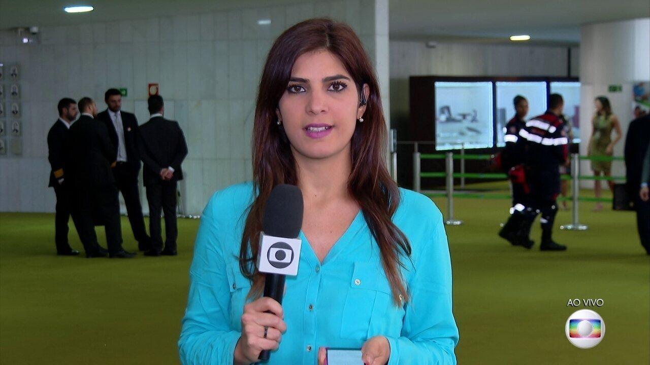Trad recebe respostas do Senado sobre sabatina de Eduardo Bolsonaro para embaixada