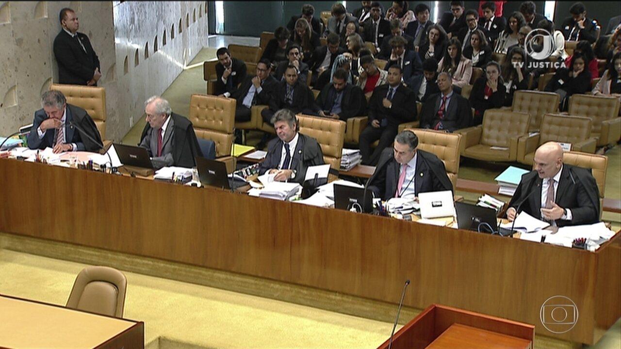 STF proíbe estados e municípios de reduzirem jornada e salário de servidores