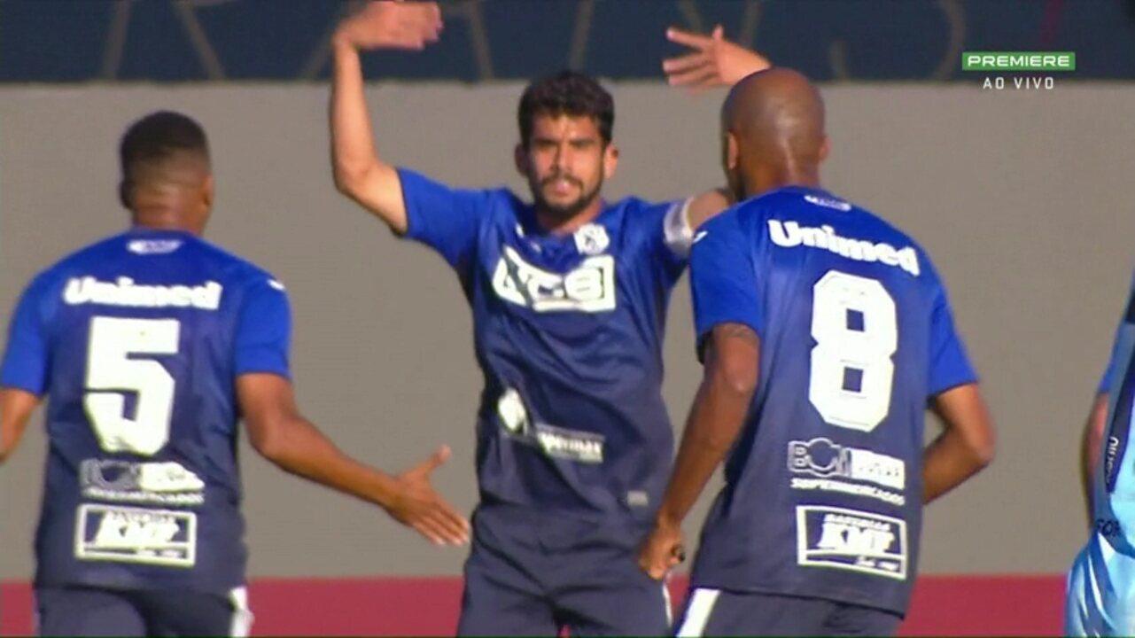 Gol do São Bento! Zé Roberto cobra pênalti e abre o placar, aos 24 do 1º tempo