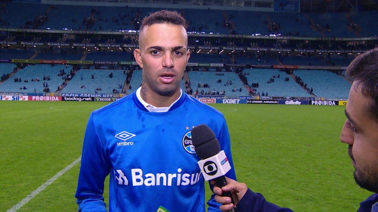 """Eleito craque do jogo, Luan fala sobre voltar a marcar pelo Grêmio: """"Muito feliz por ter o apoio do torcedor"""""""