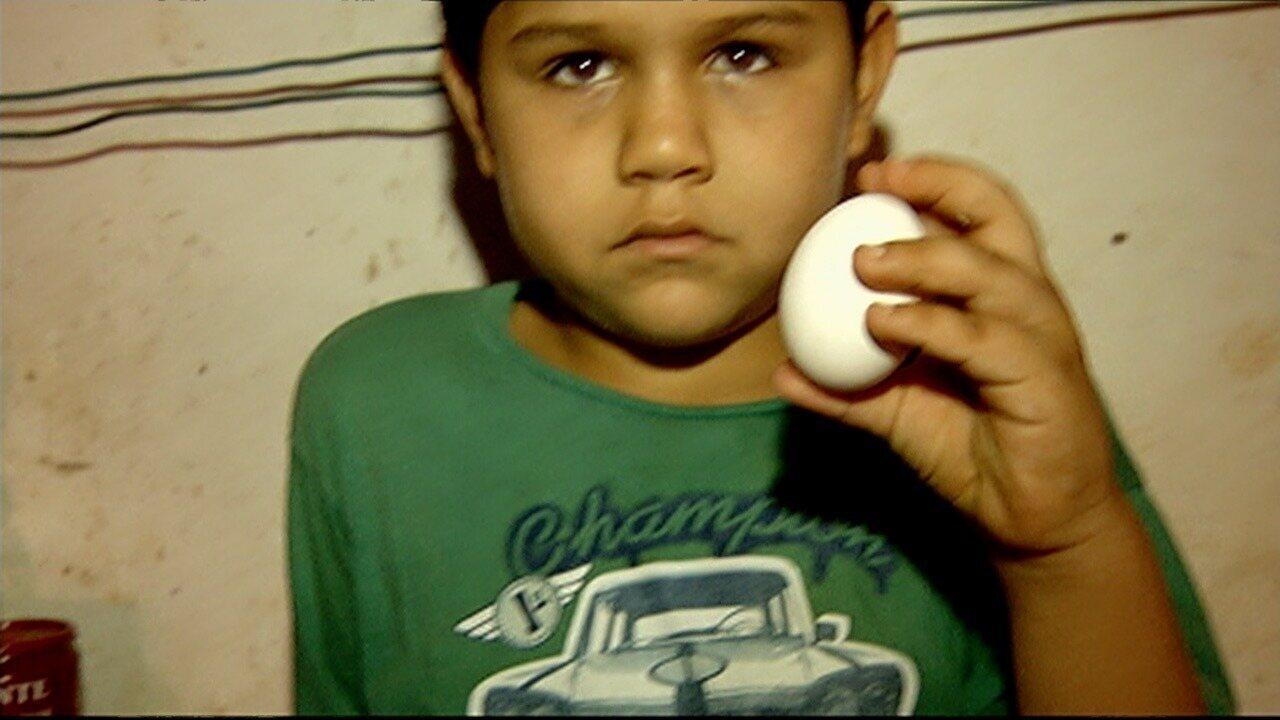 Menino faz doação de único ovo que tinha em casa para ajudar abrigo de idosos em Caçu