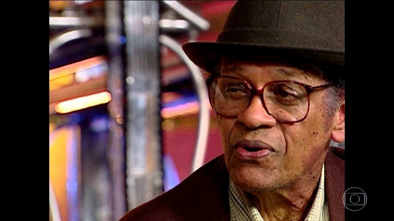 Aos 89 anos, morre no Rio o sambista Elton Medeiros