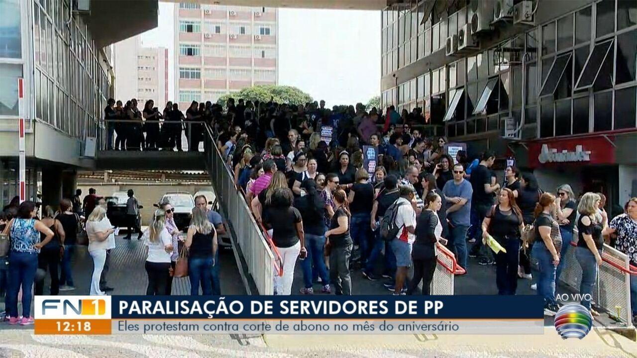 Servidores municipais paralisam serviços em Presidente Prudente