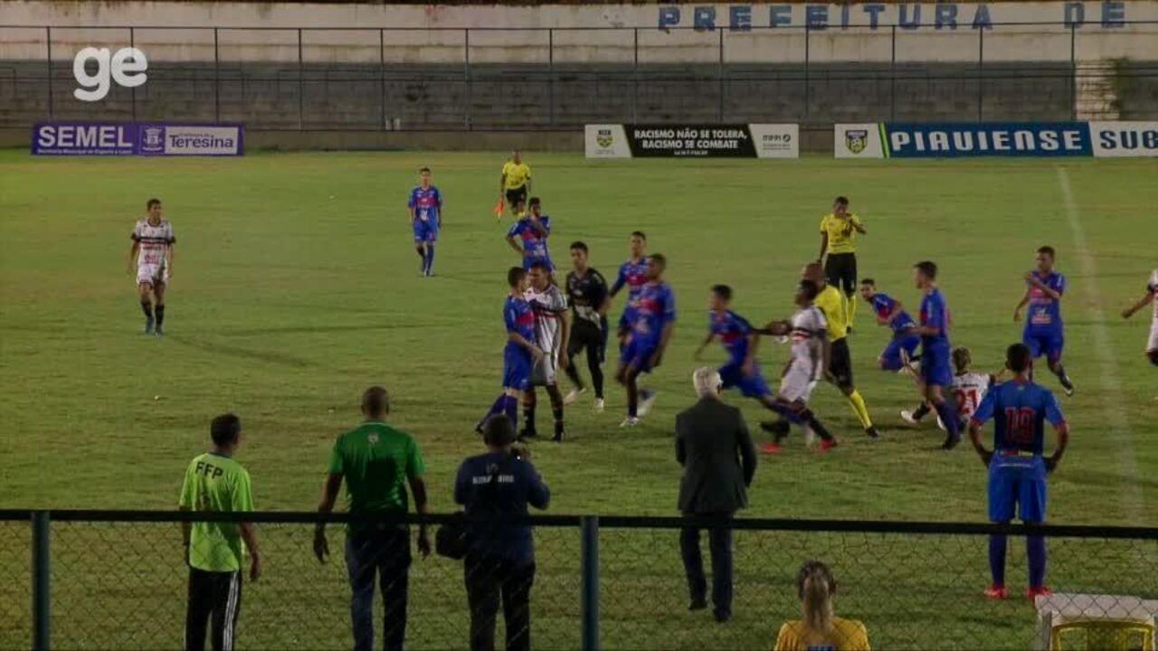 Jogadores do River-PI e Piauí se envolvem em confusão na final do sub-17