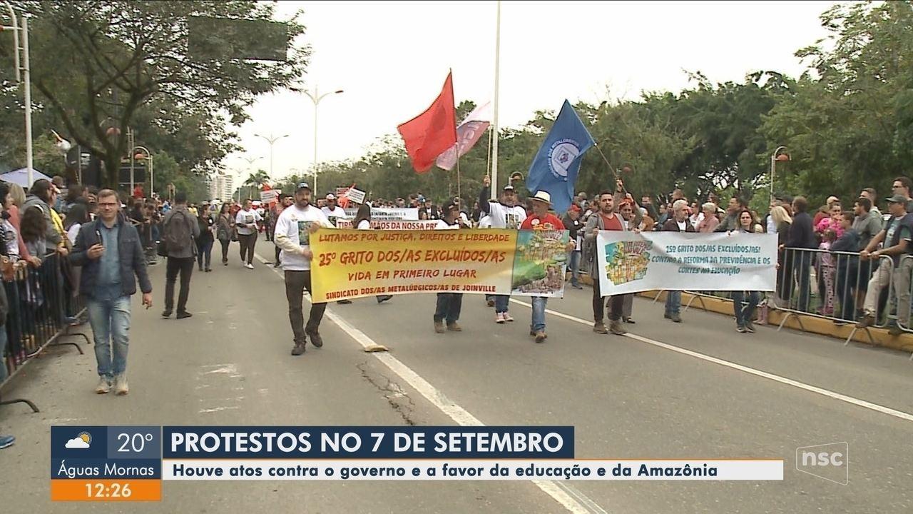 Cidades de Santa Catarina registram protestos contra Bolsonaro e cortes na educação