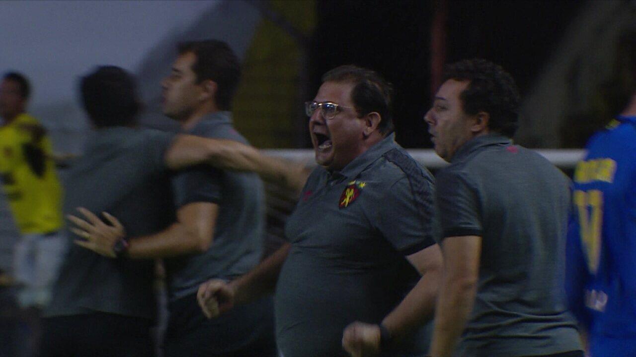 Gol do Sport! Guilherme coloca o Sport na frente aos 47' do 2º tempo