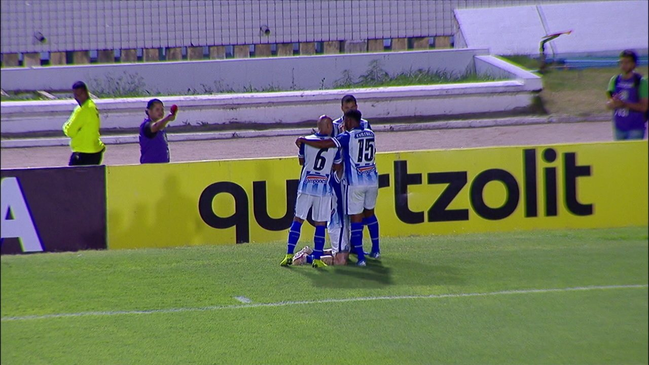 Gol do CSA! Jonatan Gomez amplia o placar aos 48' do 2º tempo