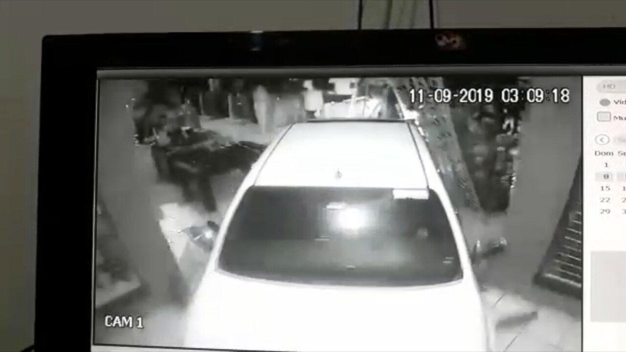 Ladrões usam caminhonete para invadir loja em Sorriso (MT)