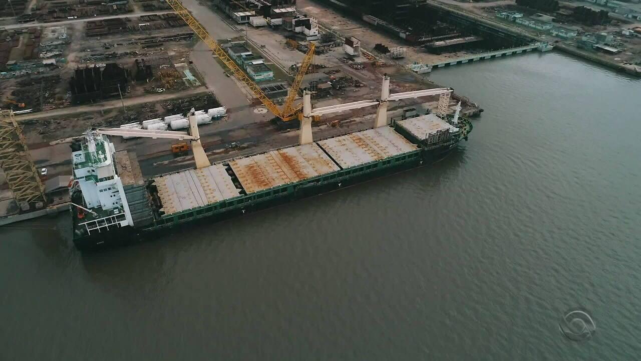 Resultado de imagem para Estaleiro de Rio Grande ganha nova operação como apoio para carregar grandes navios