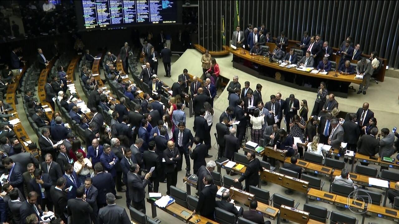 Projeto que muda regras eleitorais está com Bolsonaro para sanção