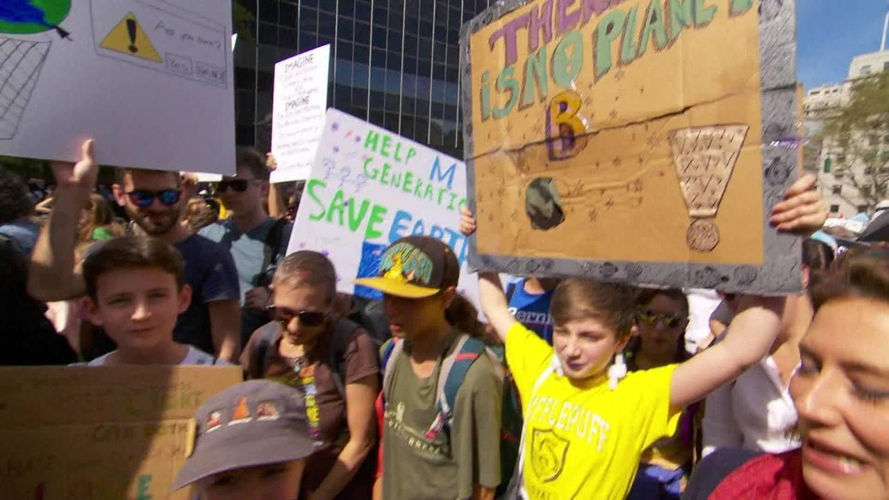 Manifestantes do mundo todo protestam por justiça ambiental. Alemanha anuncia pacote