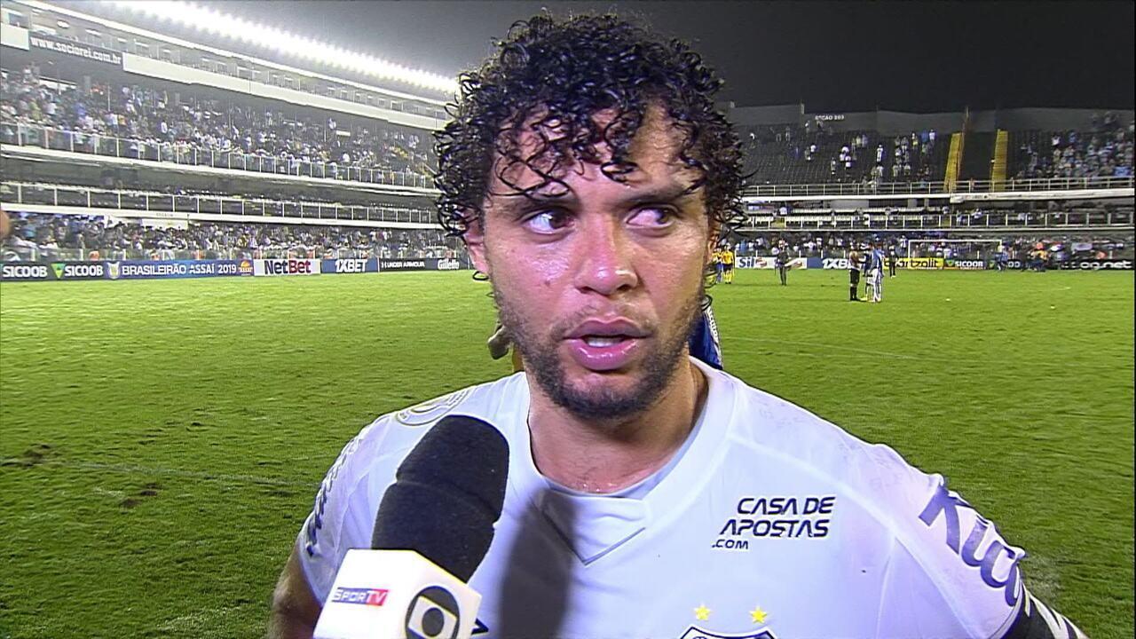 """Victor Ferraz: """"Perder pontos em casa atrapalha, mas não acabou, não"""""""