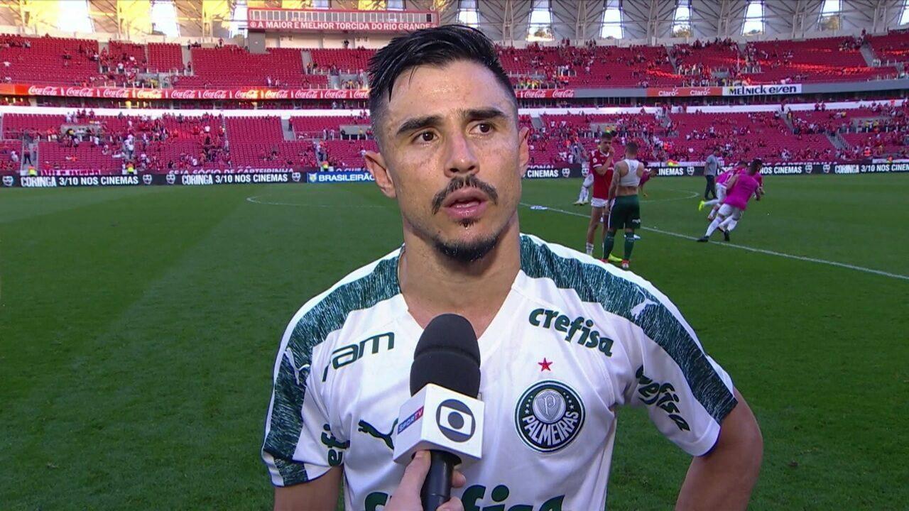 Willian fala sobre golaço e lance polêmico em gol anulado do Palmeiras