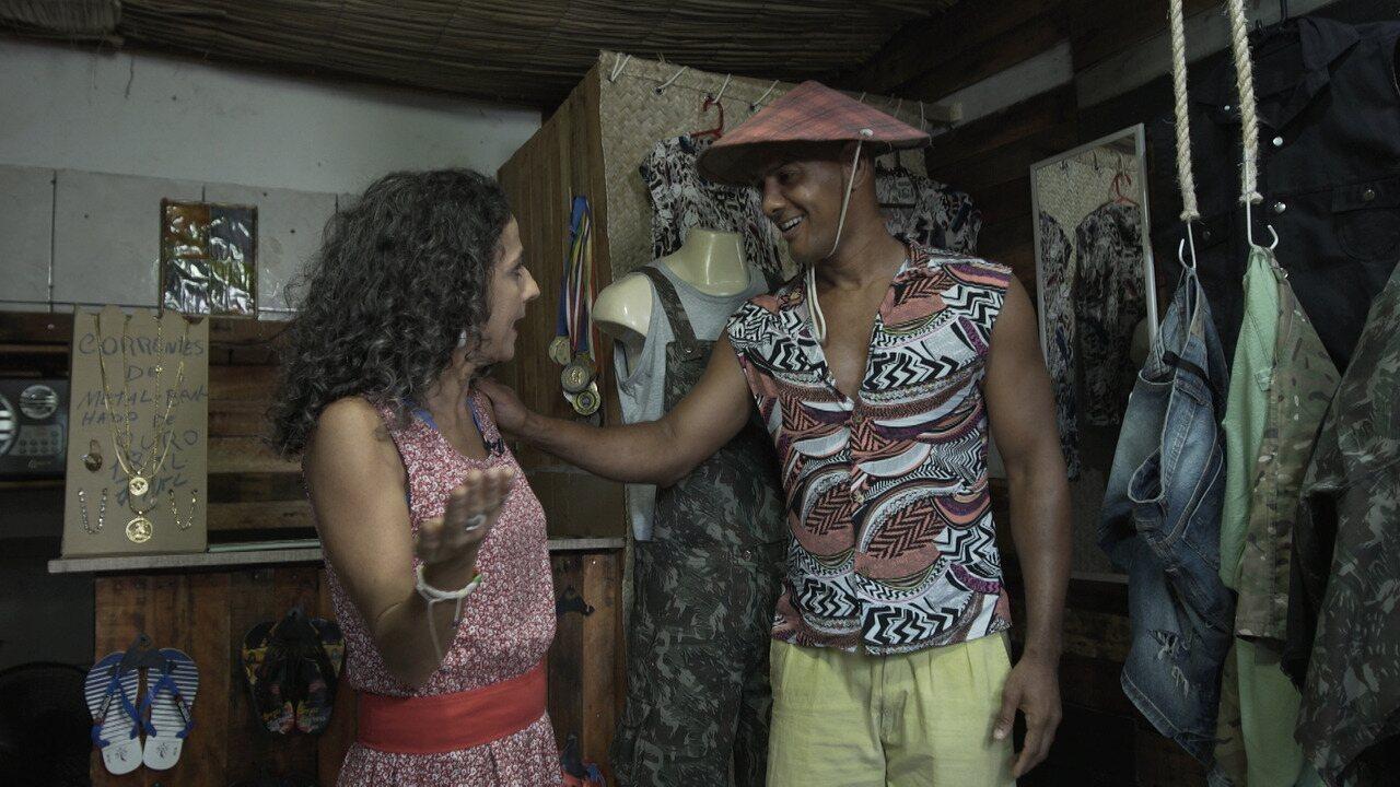 No 'Mapas Urbanos', Maria conhece um boxeador que cria e comercializa roupas