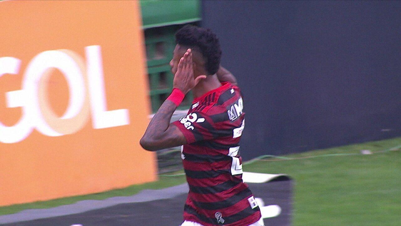 Assistência 1: Vitinho acha Bruno Henrique na área