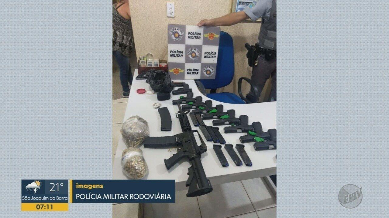 Casal é preso com armamento em fundo falso de carro em Bebedouro, SP