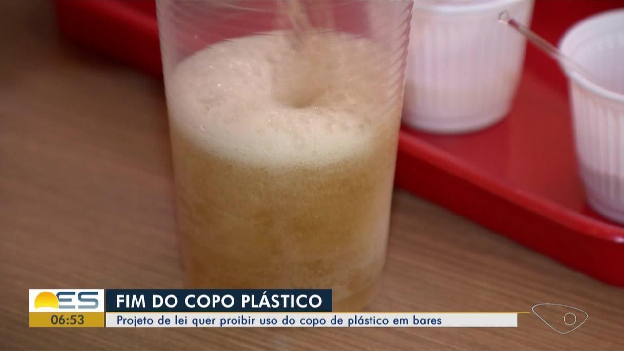 Projeto de lei quer proibir uso do copo de plástico no comércio do ES