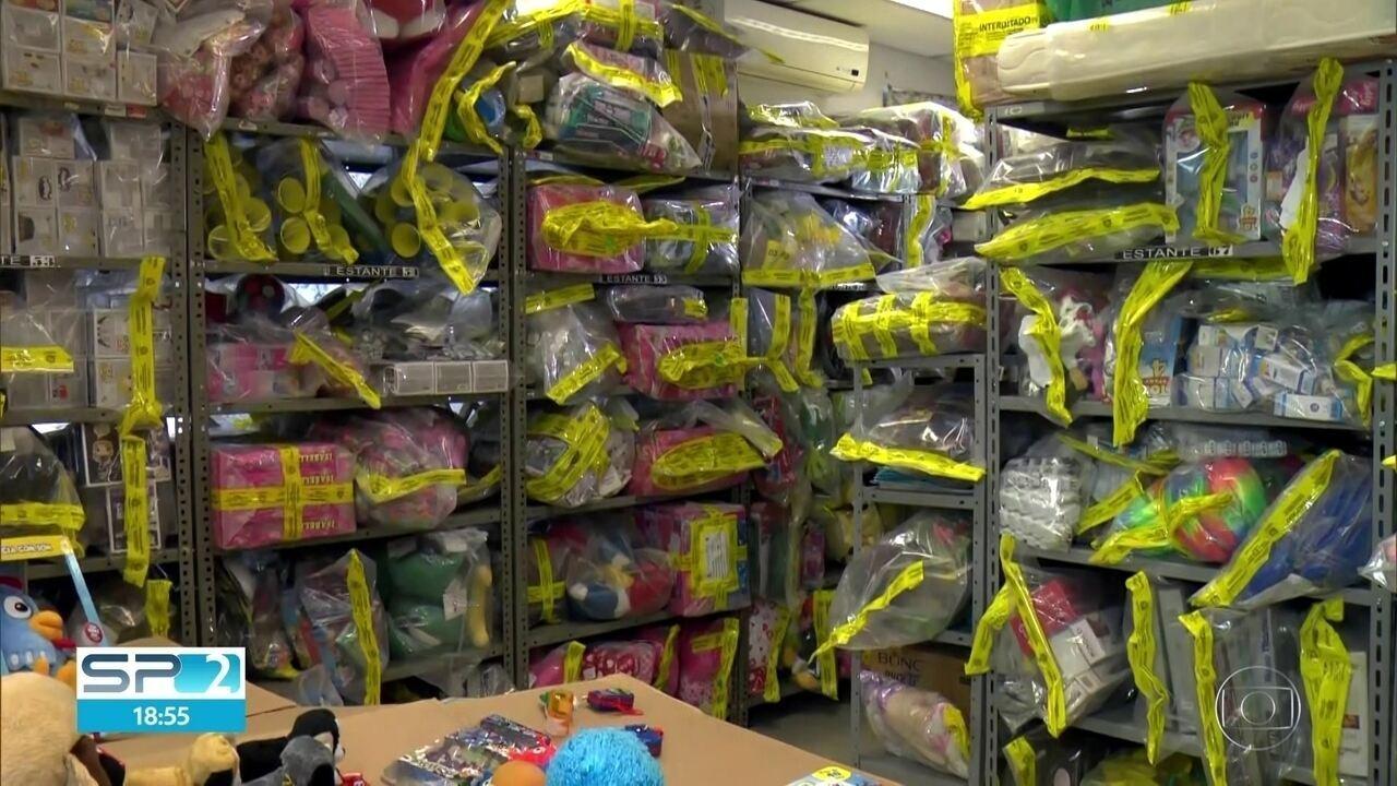 Quase mil brinquedos são apreendidos na blitz