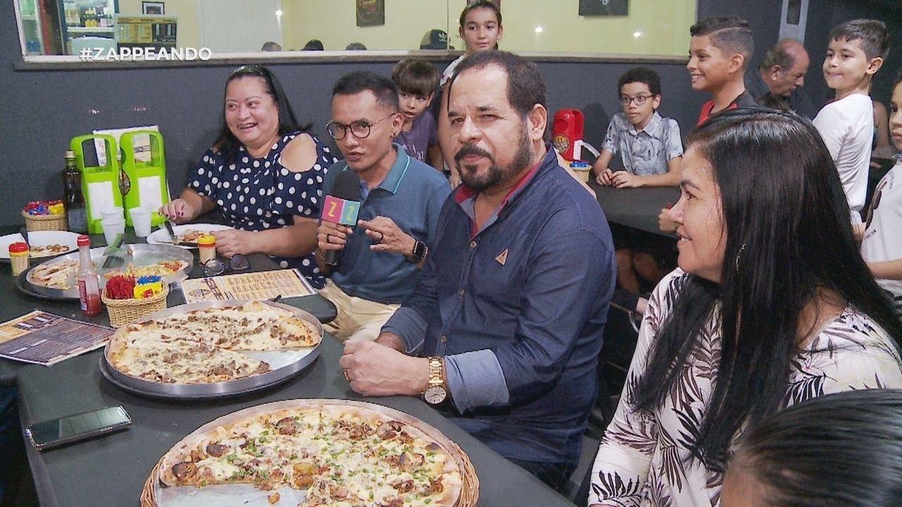 Parte 1: Programa começa com pizzas com nomes de novelas