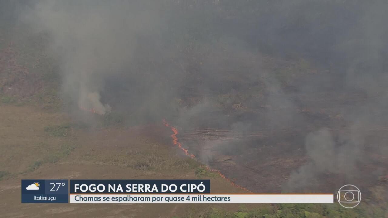Controlado incêndio no Parque Nacional da Serra do Cipó