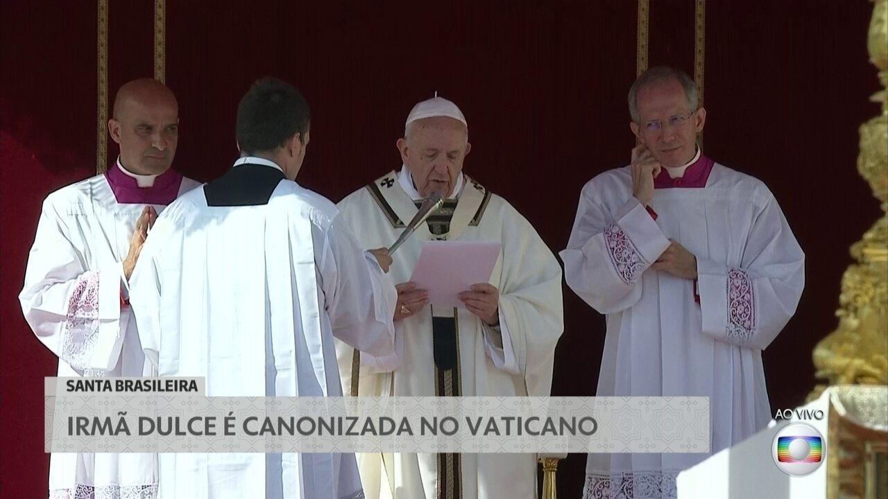 Papa Francisco pede intercessão dos santos para a Síria