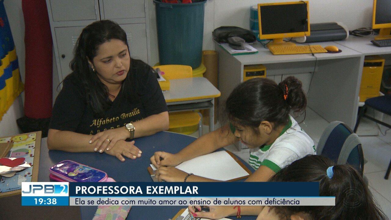 JPB mostra história de professora que se dedica a pessoas com deficiência