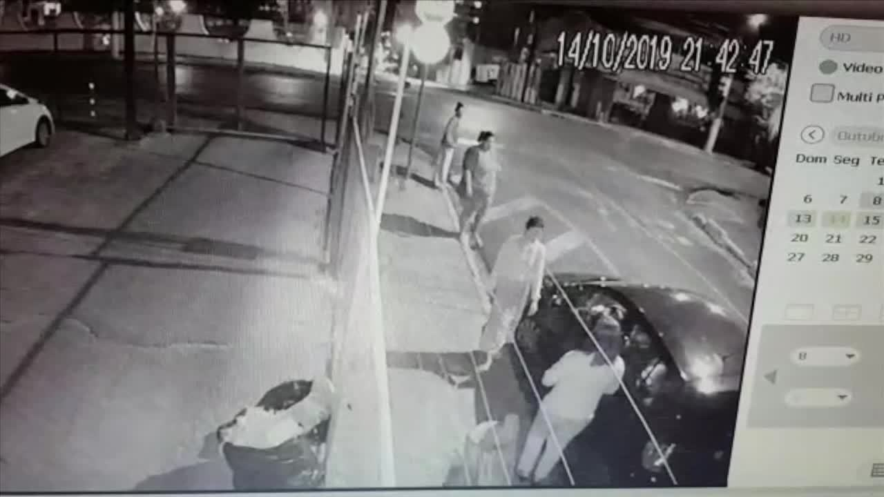 Vídeo mostra 3 mulheres assaltando e roubado carro de vítima em Cuiabá